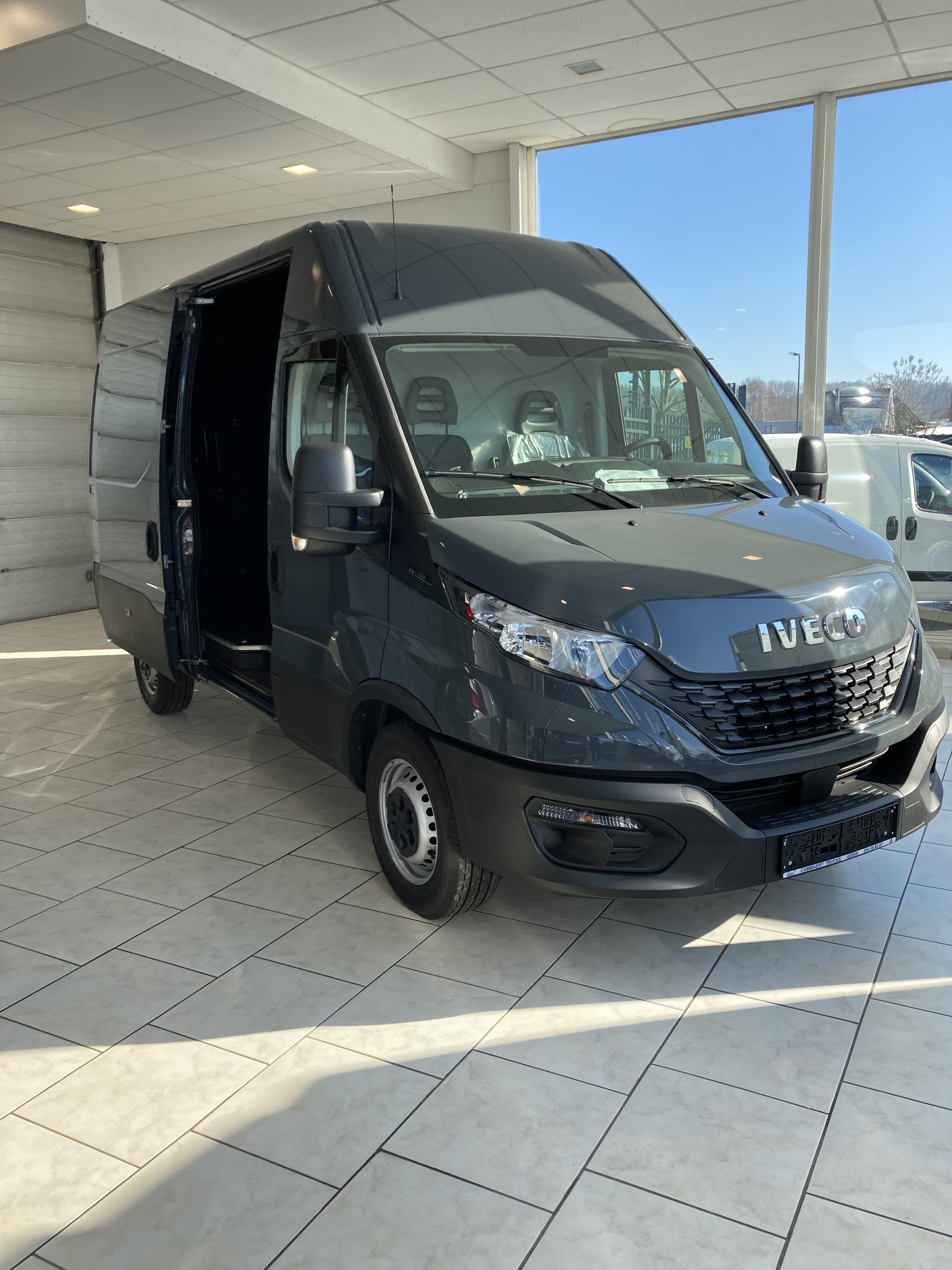 Iveco Daily 35S16?width=462